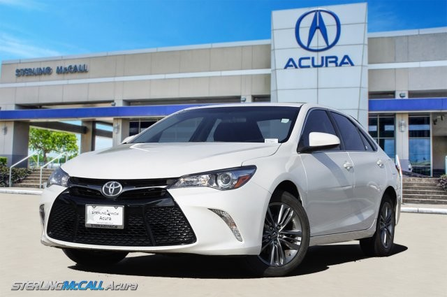 Sterling Mccall Toyota 9400 Southwest Fwy >> Pre Owned 2017 Toyota Camry Xle Front Wheel Drive Sedan Offsite Location