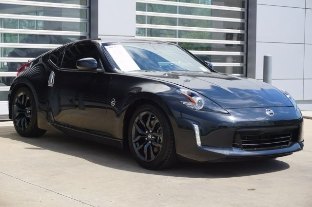 Pre-Owned 2020 Nissan 370Z Coupe Base